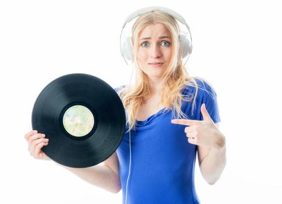 Finden Sie den besten Plattenspieler mit Lautsprecher