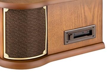 Nostalgie Radio mit Plattenspieler